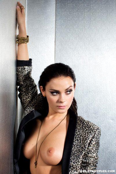 alexandra-tyler-lap-luxury_013