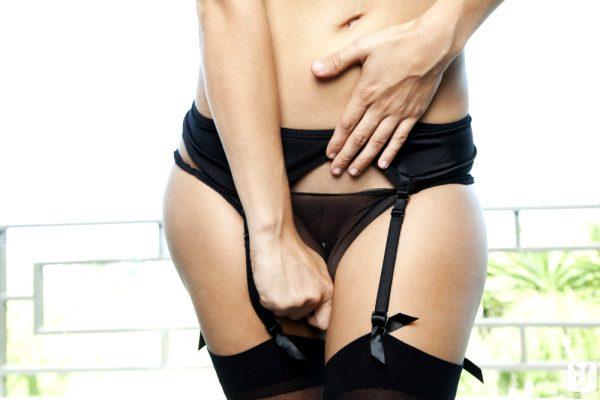 carlye-denise-stocking-temptress_005